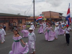 Costa Rica - Children in parade